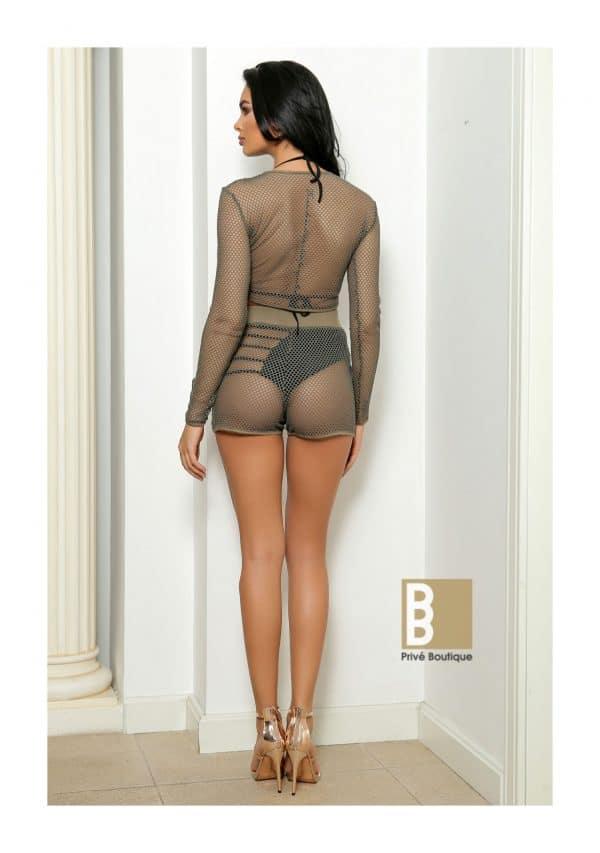Outfit din plasa